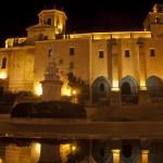 Catedral de Santander por la noche y el Claustro