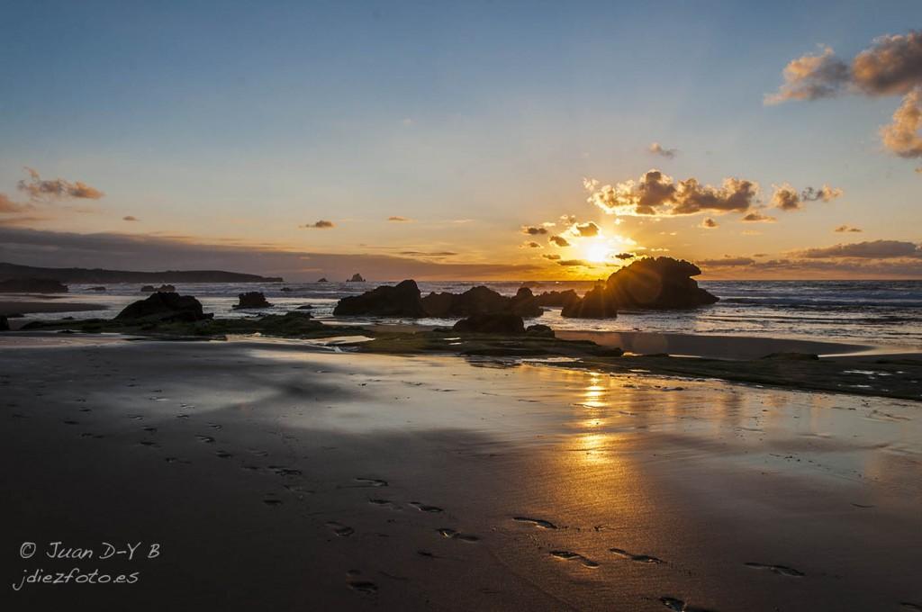 Puesta de sol en la Playa de Valdearenas