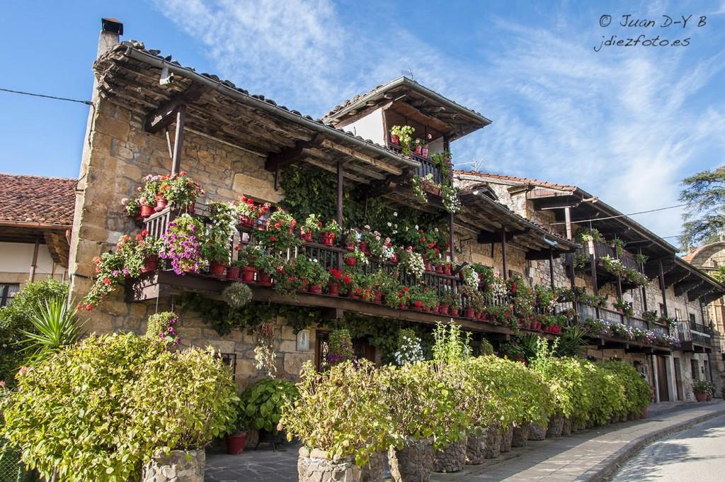 Casa de las flores en Villacarriedo