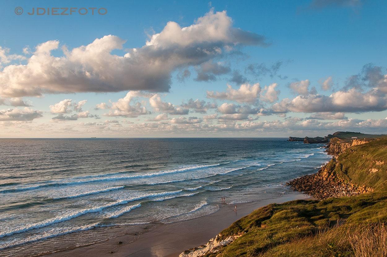 Acantilados Playa Valdearenas