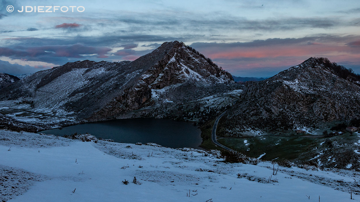 Lago Enol. Amanecer