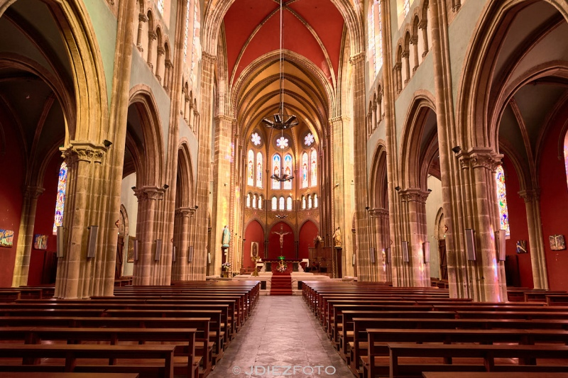 Interior de la Iglesia de San Andrés Bayona