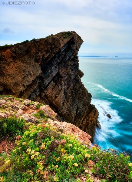 Rocas en la Cala del Madero