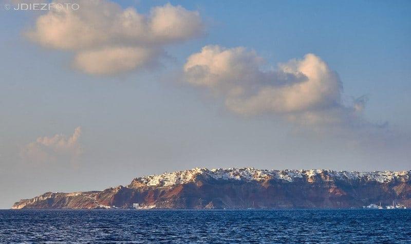 Vistas de Santorini desde Therasia