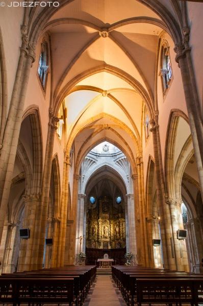 Nave central de la Catedral de Santander