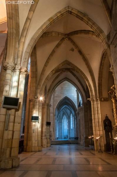 Nave sur de la Catedral de Santander