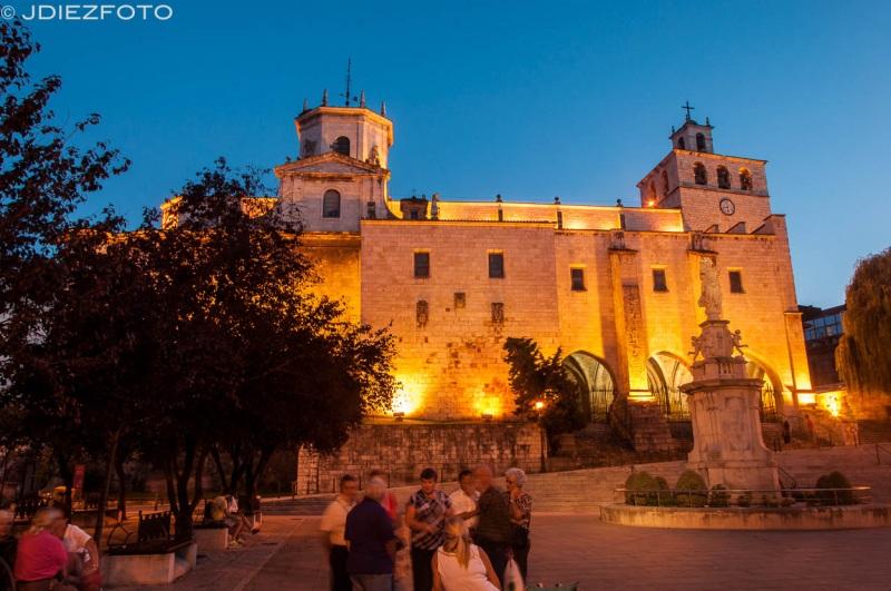 Fotografía nocturna Catedral de Santander