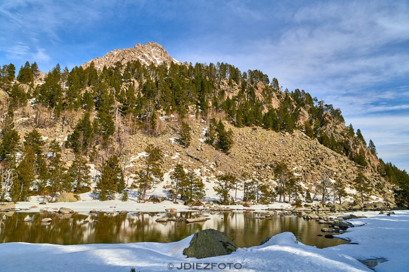 Reflejos en el Lago de Ratera