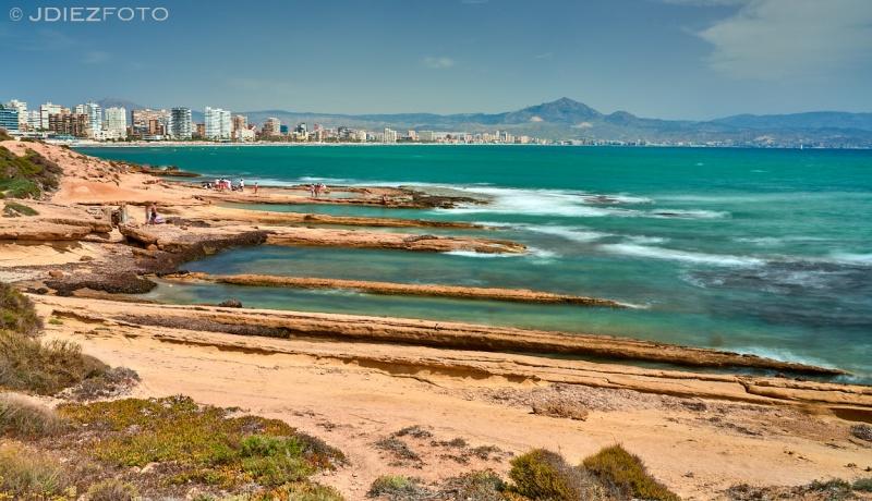 Calas en el Faro de Huertas con vistas a San Juan de Alicante