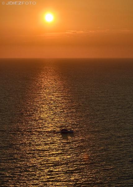 Puesta de sol en el Faro de Akrotiri. Santorini