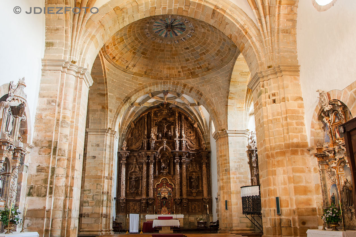 Altar y Cúpula del Cruceo