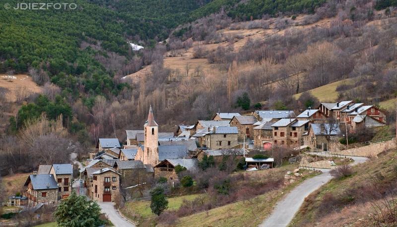 Pueblo de Jou y Sant Pere de Jou