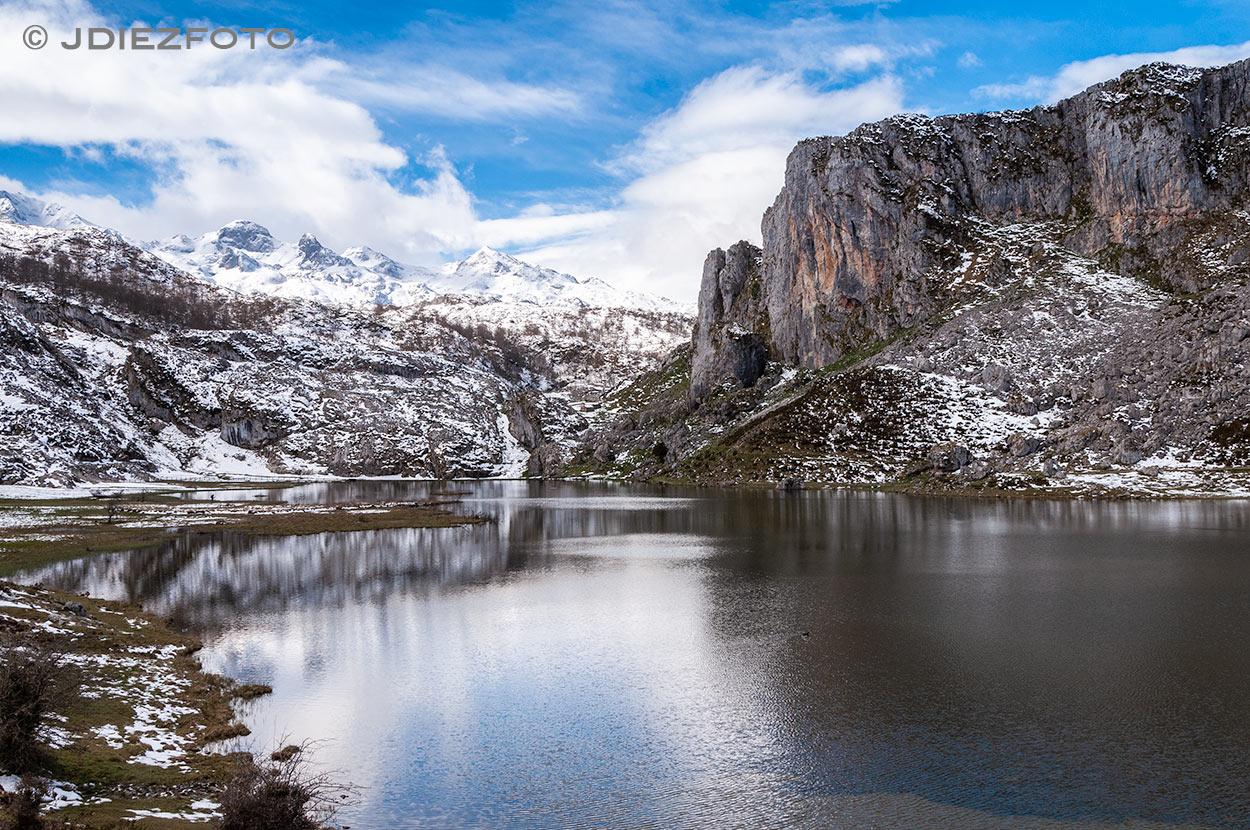 Reflejos en los Lagos de Covadonga