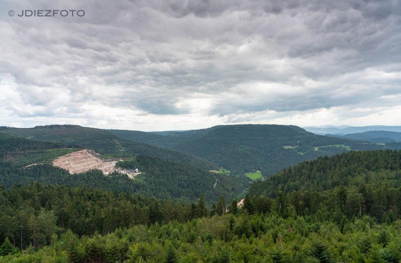 Paisajes de la Selva Negra desde el Lago Mummelsee