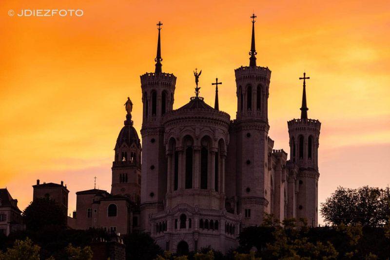Atardecer Notre Dame de Fourviere. Lyon
