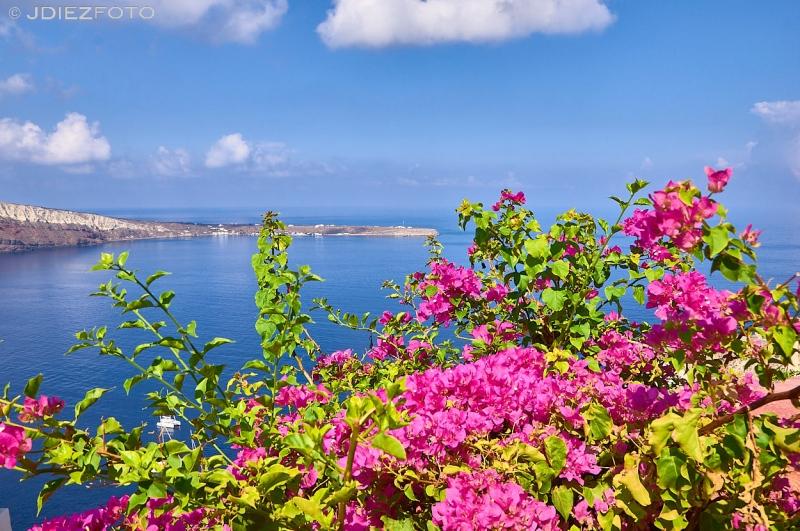 Vistas a Therasia en Oia. Santorini