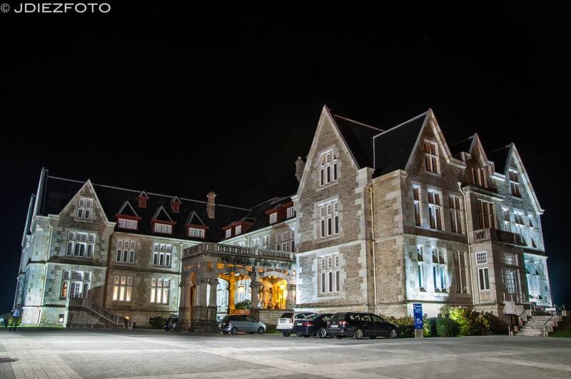 Fotografía nocturna en el Palacio de la Magdalena