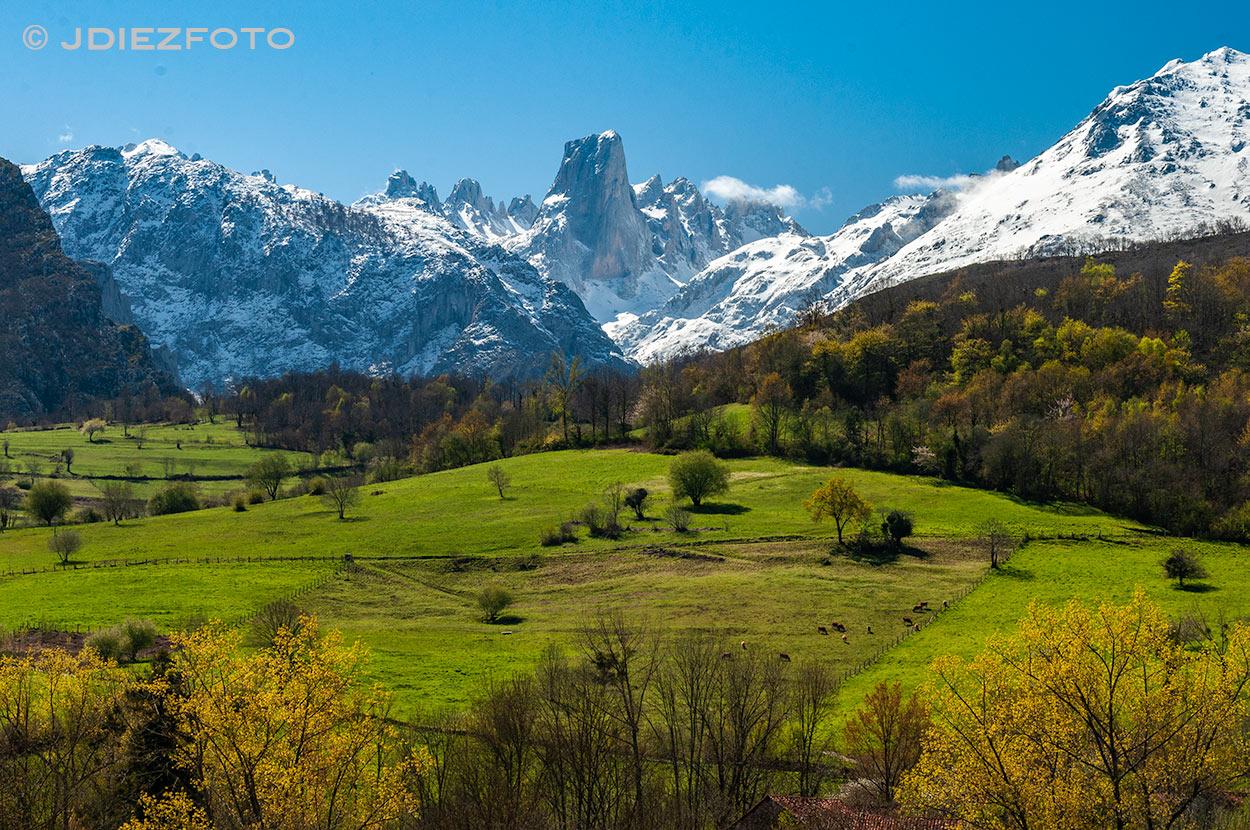 Pico Del Naranjo De Bulnes Mirador Pozo De La Oración Jdiezfoto