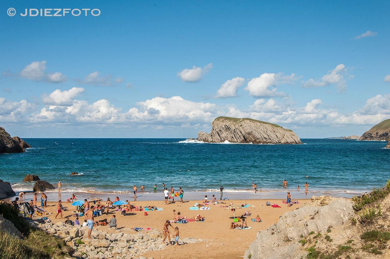 Isla del Castro. Playa de la Arnia