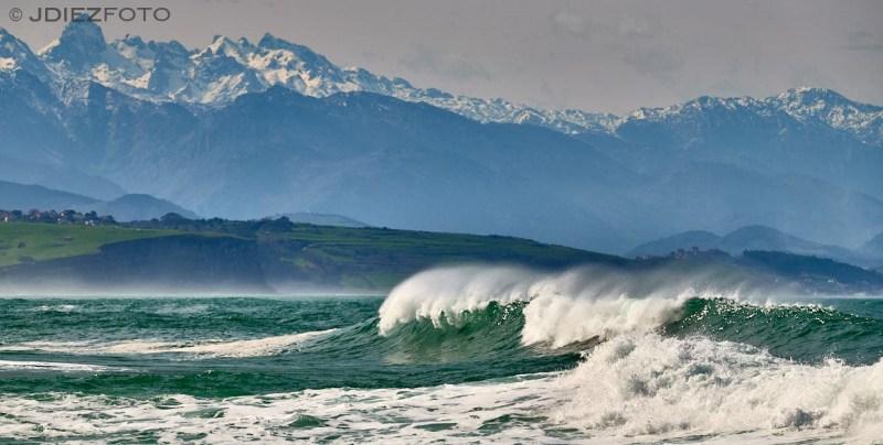 Playa del Sable y Picos de Europa. Tagle