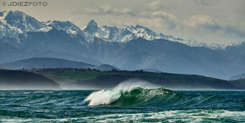 Playa del Sable y Picos de Europa