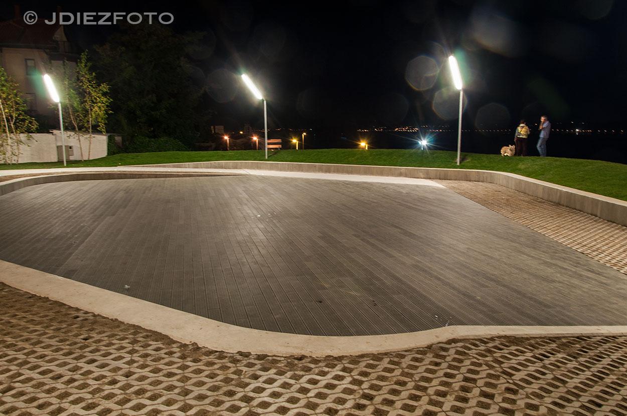Escenario Plaza de San Martín de Noche