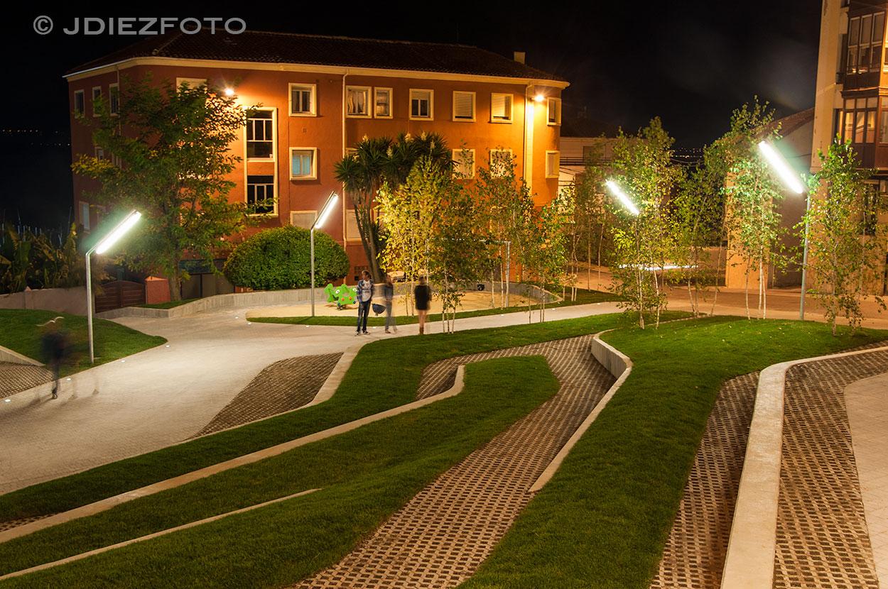Gradas Plaza de San Martín de Noche
