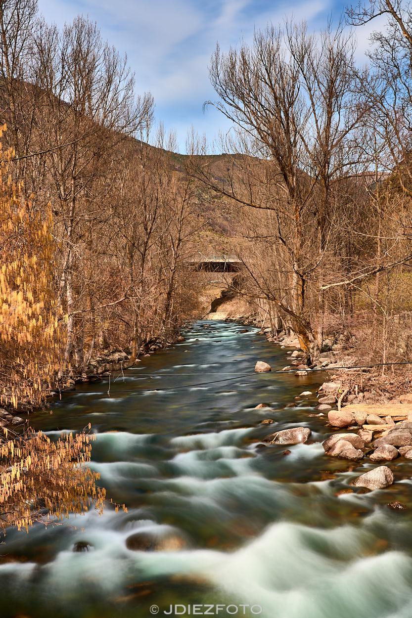 Río de la Noguera Pallaresa a su paso por Borén