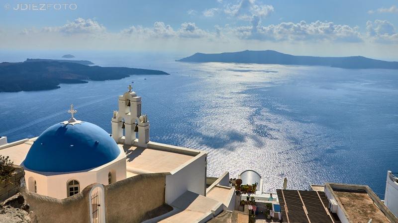Iglesia Ortodoxa de la Virgen María en Fira. Santorini