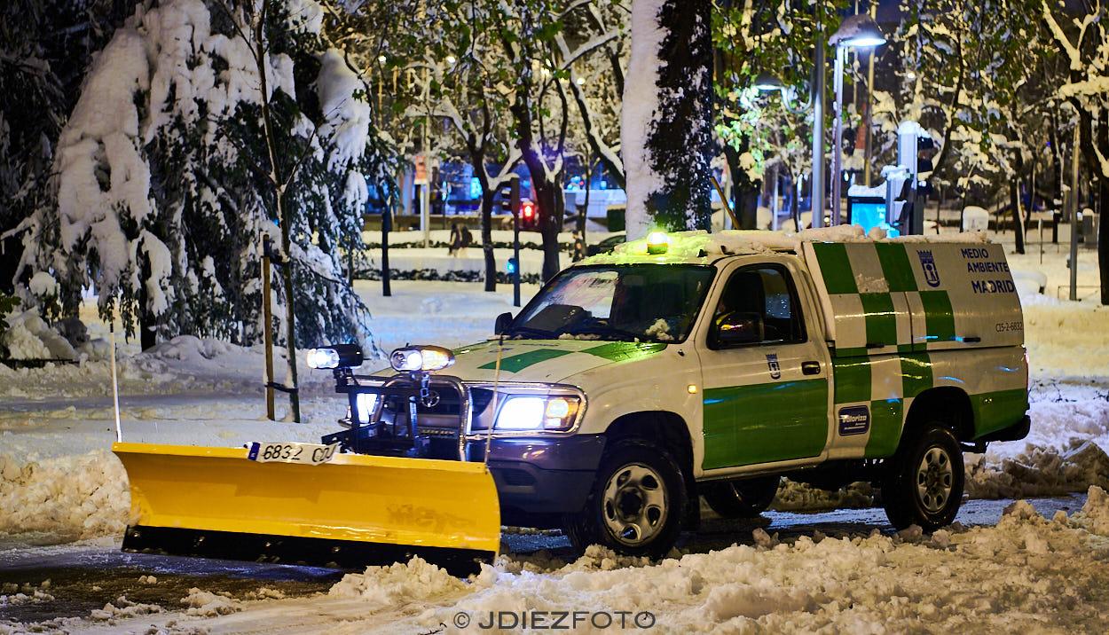 Retirando nieve de Filomena en Madrid