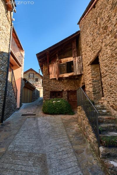 Calles del pueblo de Cerbi