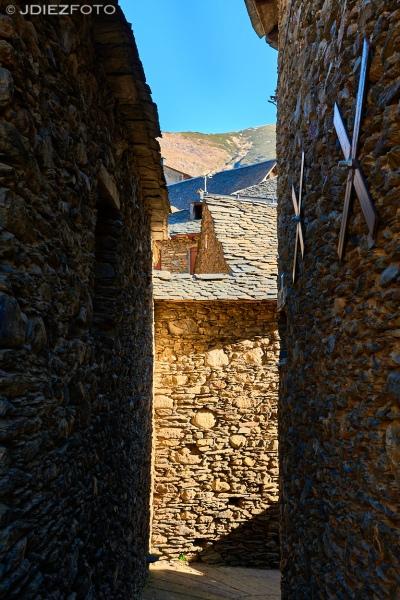 Calles del pueblo de Unarre