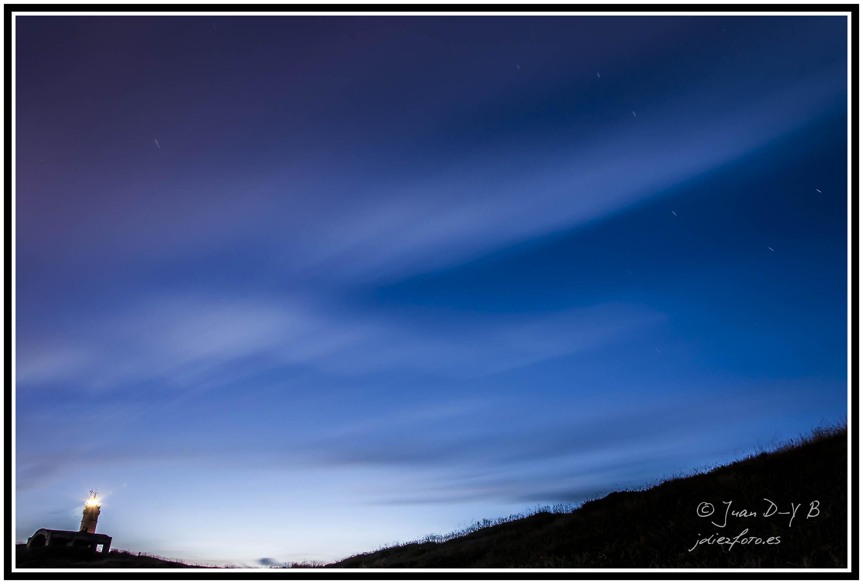 Viendo las estrellas en el Faro de Cabo Mayor