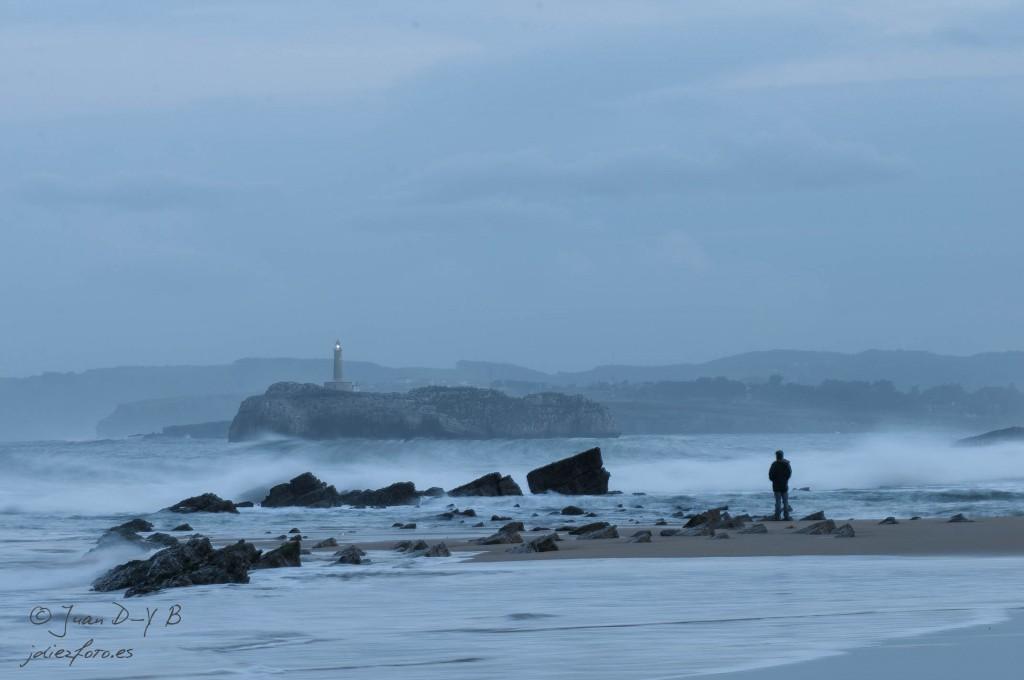 atardecer en el sardinero y la isla de mouro