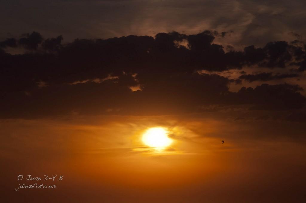 puesta de sol peñacastillo
