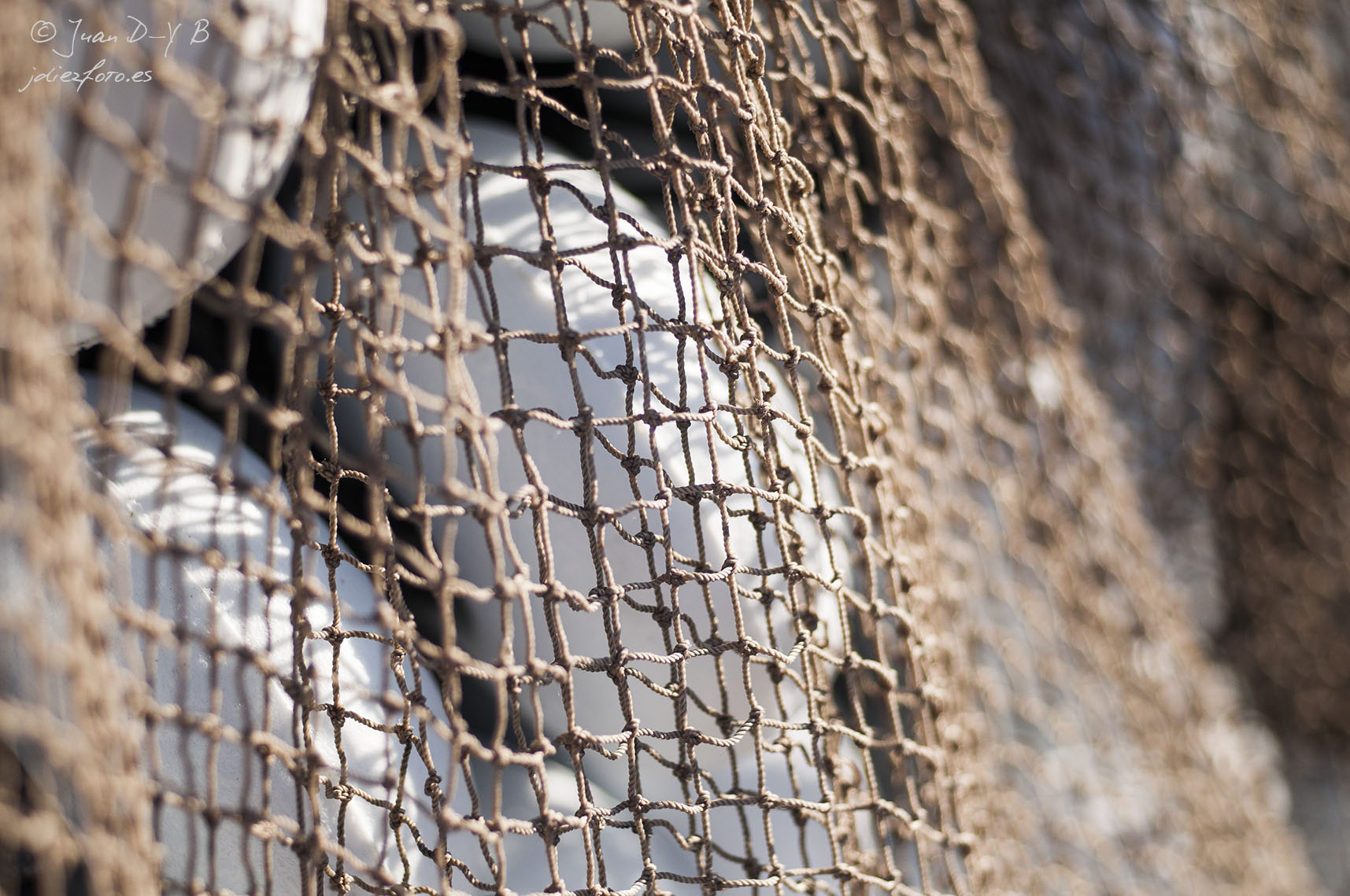 Las redes de pesca en el Barrio Pesquero de Santander
