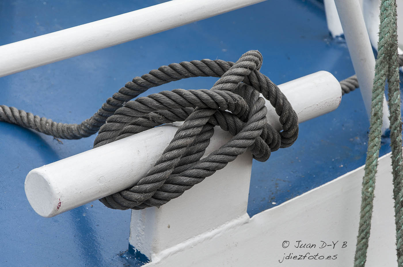 Detalles de los barcos pesqueros en Santander