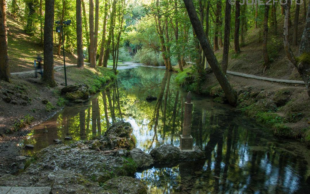 Nacimiento del Río Ebro en Fontibre