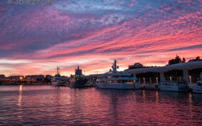 Puesta de sol en el Puerto de Málaga