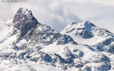 Buscando los detalles de los Picos de Europa nevados